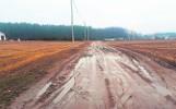 Olmonty. Toną w błocie. Mieszkańcy Łąkowej mają problem z dojazdem do pracy oraz do szkół