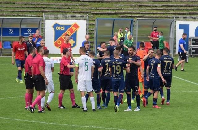 Odra Opole ostatnio wygrała z Wartą Poznań 2-0.