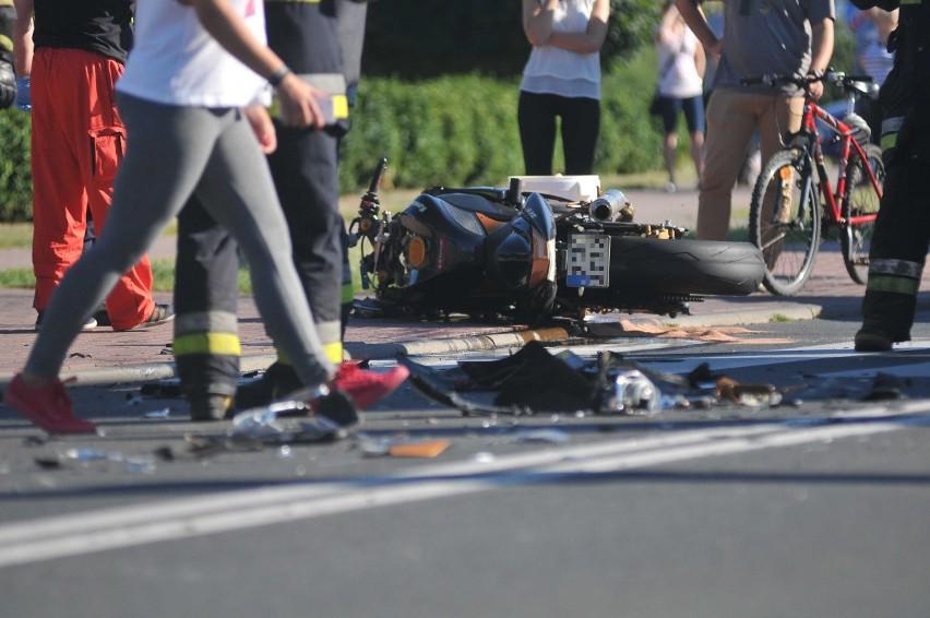 Do groźnego wypadku z udziałem motocyklisty doszło w środę,...