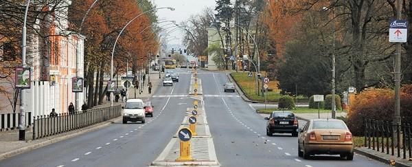 Lampy naprawia firma z Karlina. Łącznie w Koszalinie jest aż 6 tysięcy lamp ulicznych.