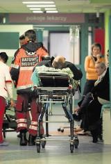 Wrocław: Pijani blokują szpitale. A naprawdę chorzy czekają