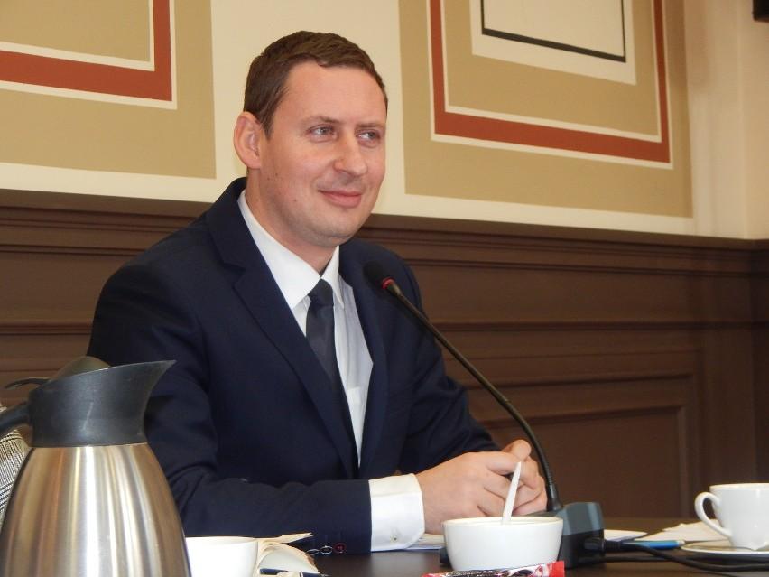 Burmistrz Gubina, Bartłomiej Bartczak.