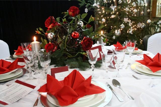 Potrawy wigilijne. Co musi się znaleźć na świątecznym stole? W naszej galerii znajdziecie 12 potraw na Wigilię, o których nie możecie zapomnieć. Pamiętajcie, że wszystkie muszą być postne!
