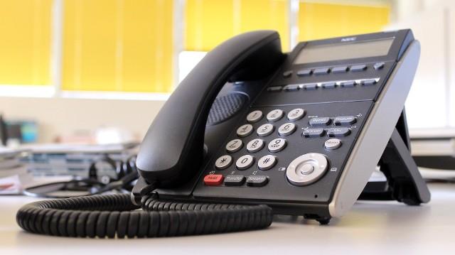 Uniwersytecki Szpital kliniczny zorganizował możliwość telefonicznej konsultacji lekarskiej.