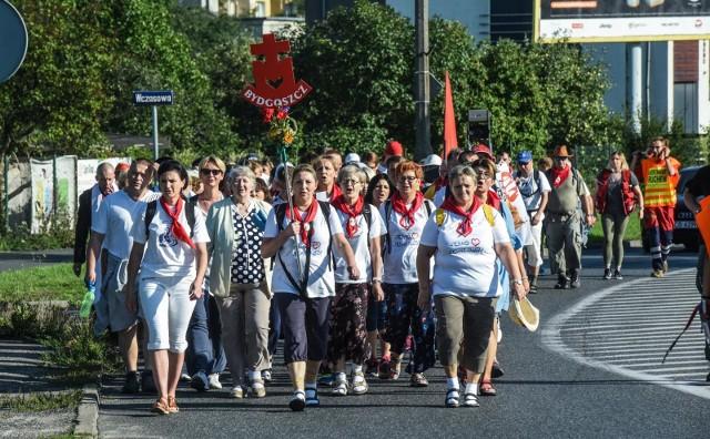 21 lipca pielgrzymi wyruszyli w długą drogę z Bydgoszczy. Dzisiaj (31 lipca) dotarli na Jasną Górę.