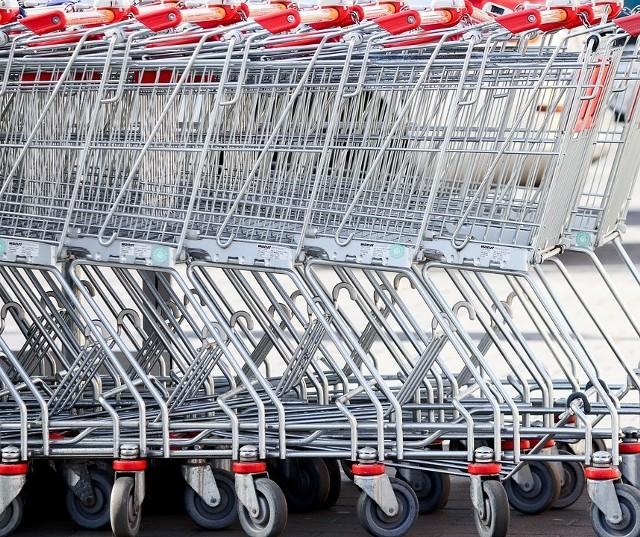 Niższa cena na regale, wyższa przy kasie, kompletny brak cen lub cen jednostkowych oraz złe ceny jednostkowe - takie nieprawidłowości w sklepach w tym roku stwierdzili inspektorzy handlowi z naszego województwa. Posypały się kary.CZYTAJ DALEJ NA NASTĘPNYCH SLAJDACH