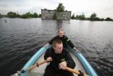 Powódź w Bieruniu. 10 lat temu woda przerwała wały i zalała miasto. Z powodzią zmagali się też mieszkańcy Bojszów i Chełmu Śląskiego