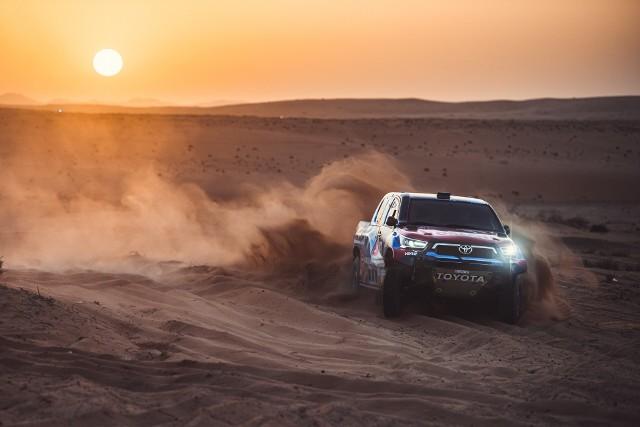 ORLEN Team gotowy na Rajd Dakar. Kierowcy czekają na start.