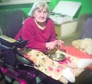 Od 9. roku życia pani Danuta  porusza się przy pomocy wózków inwalidzkich