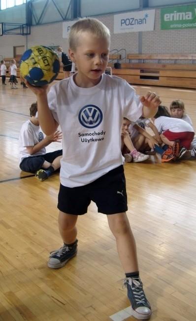 W Poznaniu już kilkuletnie dzieci mają szansę poznawać tajniki gry w piłkę ręczną