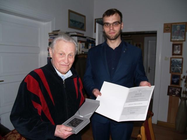 Druh Eskulap, czyli kluczborski lekarz Julian Toporowski.