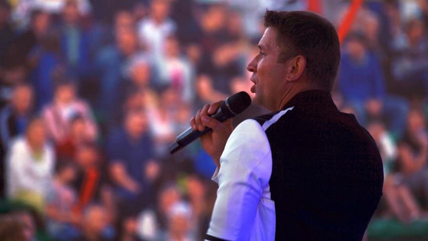 Dni Michałowa 2019. Koncert w amfiteatrze. Marcin Siegieńczuk, Myslovitz i młodzi gitarzyści GOK