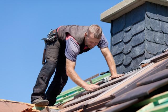 Budowa domu z roku na rok staje się coraz droższa, m.in. z powodu rosnących cen materiałów.