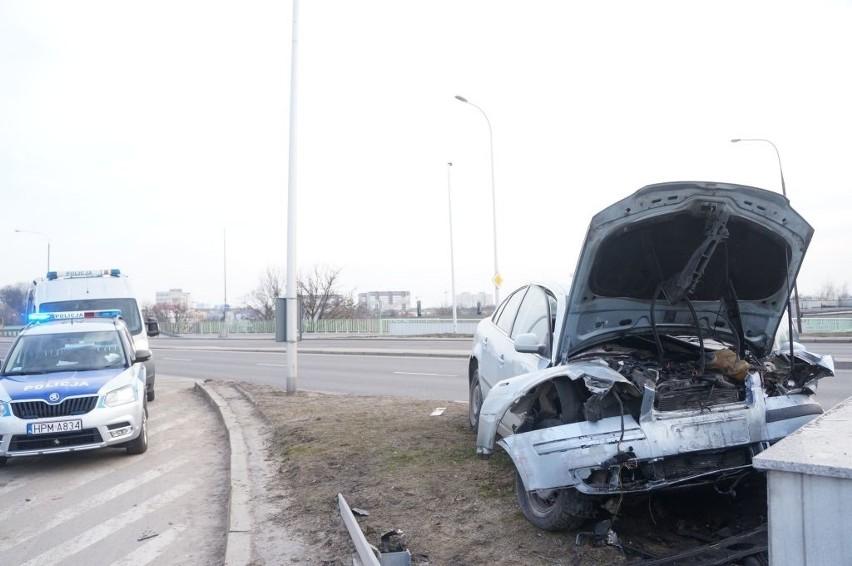 Kierowca volkswagena, który rozbił się w niedzielę na...