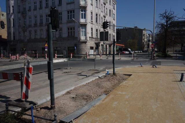 Zakończyły się prace przy remoncie wodociągu na skrzyżowaniu ulic Tuwima i Sienkiewicza.