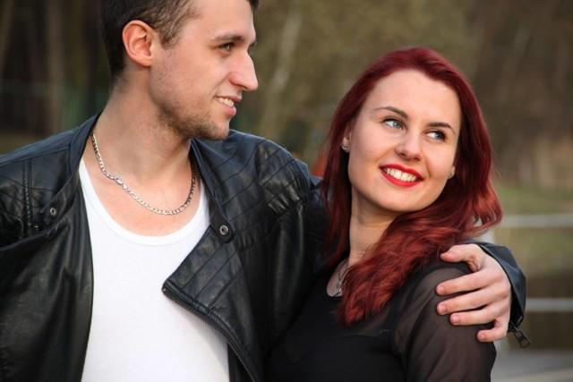 """Magdalena i Damian prowadzą w plebiscycie """"Wygraj Wesele"""". Aby na nich  zagłosować wyślij SMS o treści: GLPARA.20 na numer 72355"""
