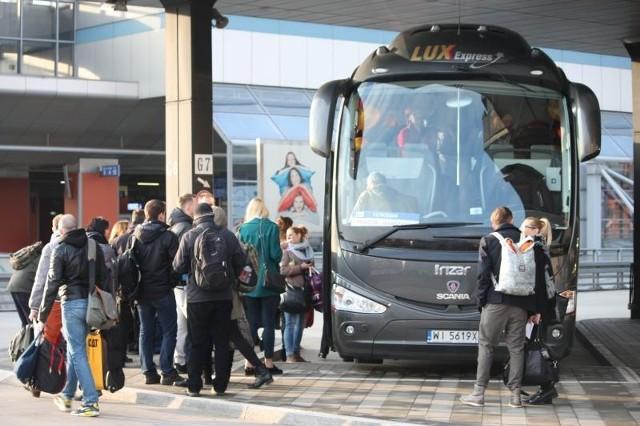 Wejście na polski rynek Lux Expressu spowodowało wielką wojnę pomiędzy przewoźnikami jeżdżącymi na trasie Kraków-Warszawa