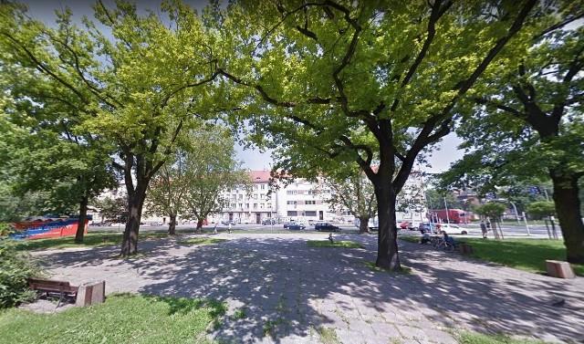 Skwer na rogu ulic Ozimskiej i Plebiscytowej w Opolu czeka rewitalizacja.