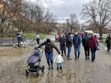 Kraków. Mieszkańcy wybrali się podczas weekendu na spacer [ZDJĘCIA]