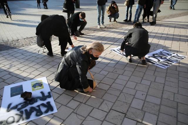 Kraków. Protest w geście solidarności z Babcią Kasią