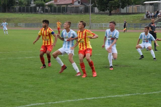 Młodzi piłkarze Korony Kielce docelowo mają otrzymaćod organizatorów zbiórki sprzęt za zebrane pieniądze