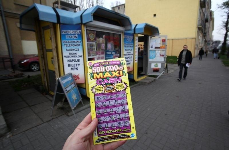 W ostatnim czasie celnicy skontrolowali dziewięć kolektur Lotto pod kątem sprzedaży zdrapek i kuponów do gier liczbowych niepełnoletnim.