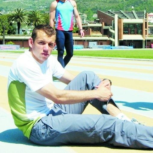 Biegacz Jacek Roszko trenuje na Wyspach Kanaryjskich. Do Pekinu nie pojechał, ale przed nim olimpiada w Londynie.