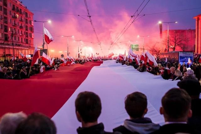 Marsz Niepodległości 11112019 W Warszawie Relacja Na żywo