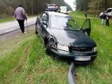 Niedoszły prezydent Białegostoku miał wypadek. Jego samochód uderzył w drzewo! (zdjęcia)