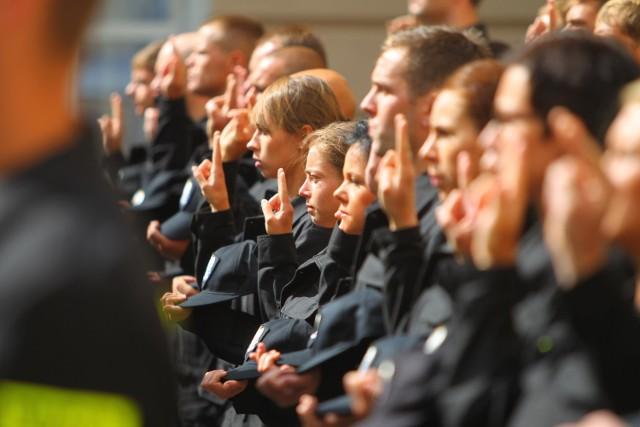 Wielkopolska: Wstrzymany nabór do policji. Za dużo chętnych