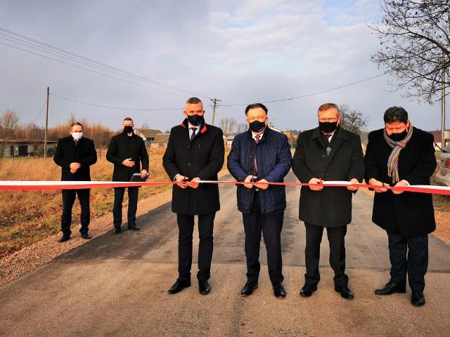 Wyremontowana droga w Wilcznej poprawi bezpieczeństwo mieszkańców.