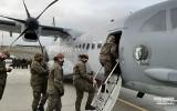 Żołnierze wylecieli z lotniska Poznań-Krzesiny do Wielkiej Brytanii. Mają pomóc na granicy, gdzie utknęli polscy kierowcy ciężarówek