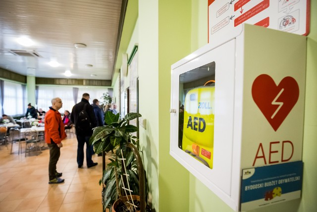 W ciągu ostatnich lat w Bydgoszczy zamontowane zostały 92 defibrylatory AED.