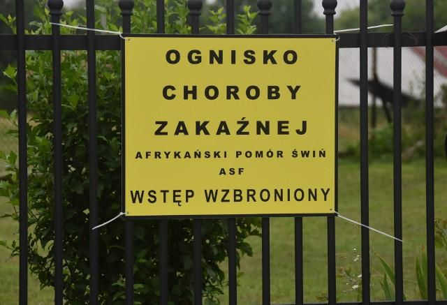 W Skrzyszowie i okolicznych miejscowościach pojawiły sie tablice informujące o zagrożeniu i o granicach stref