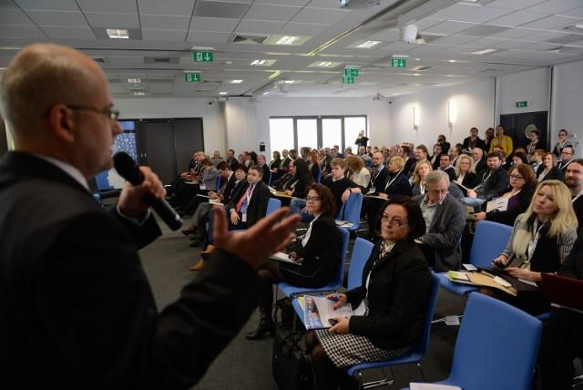 Ponad  300 biznesmenów uczestniczyło w 24 panelach na dwudniowym  Forum Ekspansji Małych i Średnich Przedsiębiorstw.