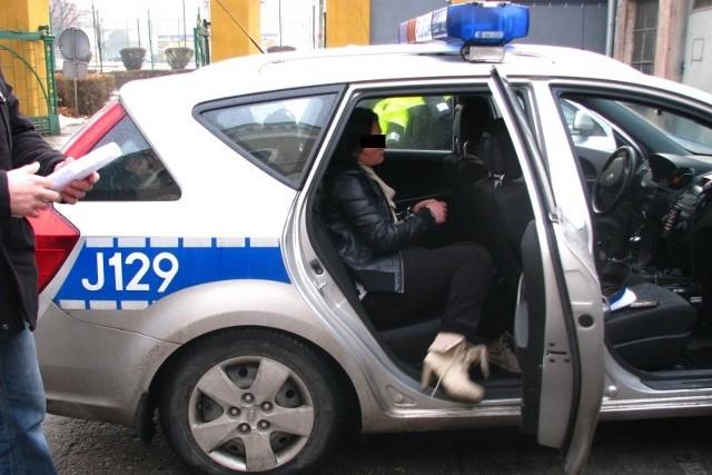 Zatrzymana 26-latka to była mieszkanka Brzegu, obecnie bez stałego miejsca zameldowania.