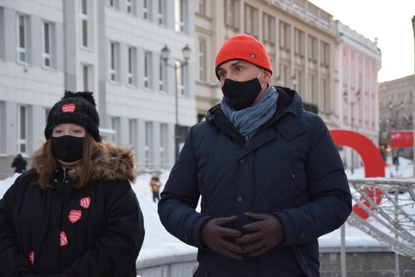 Protest kobiet w Białymstoku. Policja spisywała uczestników...