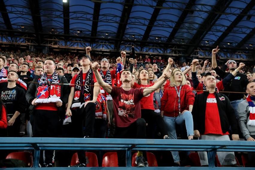 Frekwencja na meczach Ekstraklasy: gdzie przychodzi najwięcej i najmniej kibiców?