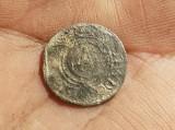 Bochnia. Stragan handlowy i kostka do gry z przełomu XV i XVI wieku. Na Rynku odkryto też stare monety i obrączkę [ZDJĘCIA]