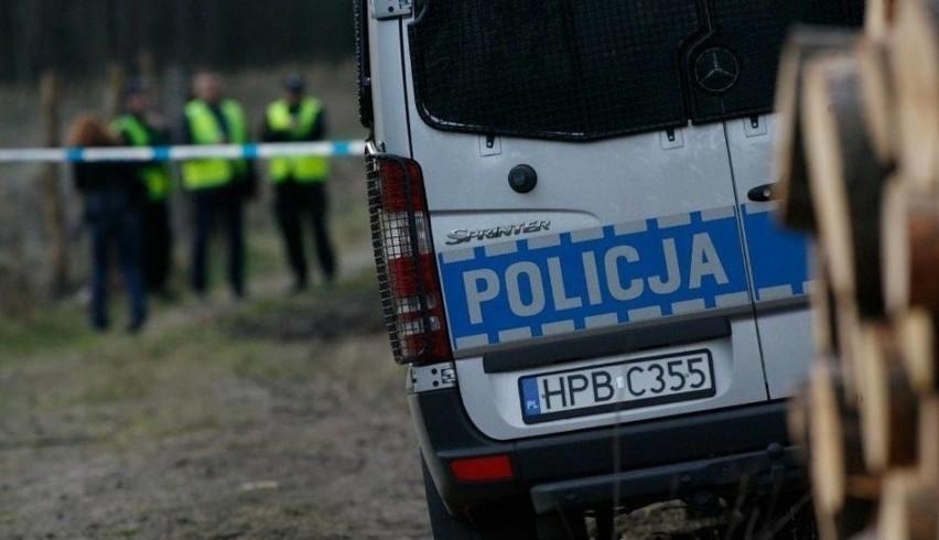 Zwłoki młodego, 28-letniego mężczyzny znaleziono w...