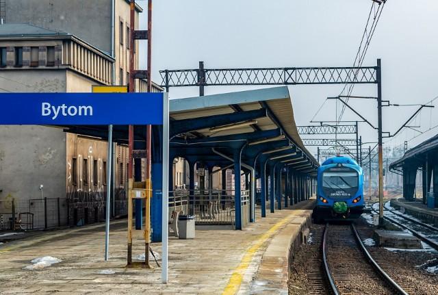 Pociągi z Bytomia do Katowic wciąż nie kursują. Ruch ma zostać przywrócony 10 kwietnia
