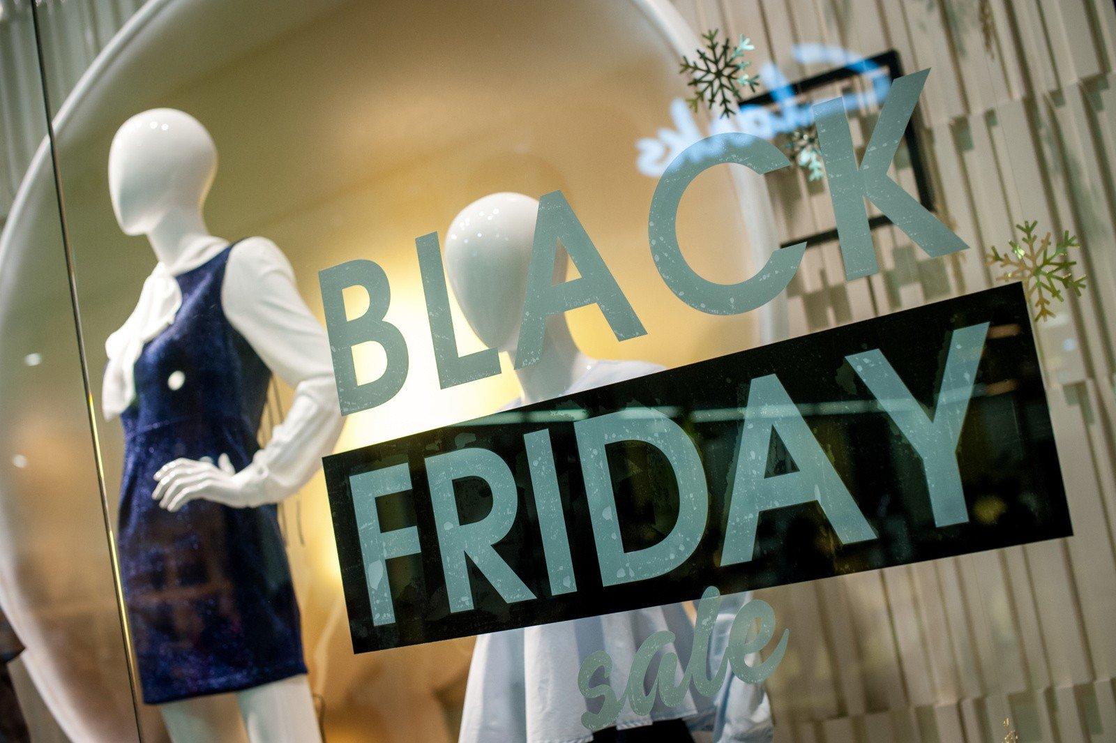 486925e8916545 BLACK FRIDAY już 24 listopada! Tego dnia sklepy oferują wielkie promocje na  zakupy. BLACK