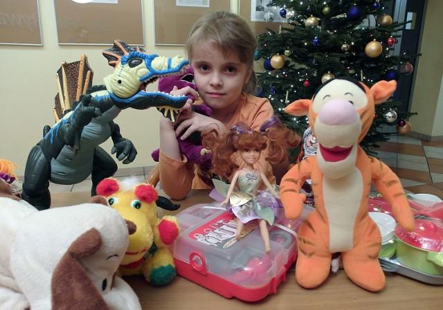 6-letnia Amelia wzięła udział w naszej akcji po raz pierwszy. Dziewczynka przekazała swoje pluszaki i zabawki