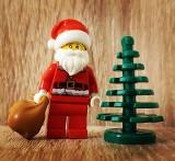Zestawy klocków Lego w promocyjnych cenach na Black Friday 2020. Sprawdź, gdzie są największe promocje: Empik, Media Expert, Smyk, Allegro