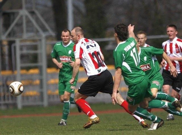Piłkarze Resovii chcą się w sobotę odkuć za 0-2 z Elblaga.