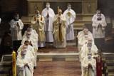 Dziewięciu księży świętowało swój jubileusz. W poznańskiej katedrze odbyła się uroczystość 25-lecia kapłaństwa