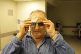Niewidomy Pan Jerzy odzyskał wzrok. Nie widział od 1946 roku. Dzięki okulistom ze szpitala w Sosnowcu pierwszy raz zobaczył rodzinę