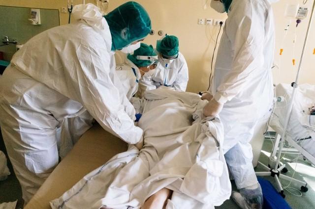 Ministerstwo zdrowia informuje o nowych potwierdzonych przypadkach koronawirusa w Polsce