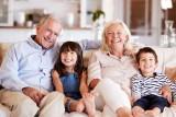 Życzenia dla babci i dziadka. Rymowane, gotowe wierszyki. Wyślij wyjątkowe życzenia na Dzień Babci i Dzień Dziadka 21.01.21