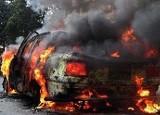 Augustów. Pożar na parkingu. Opel i ford spłonęły